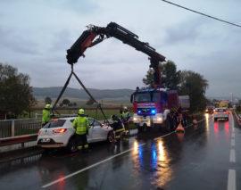 Einsatz: Verkehrsunfall mit einer eingeklemmten Person (T2)